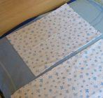 Pillangós-virágos kék baba ágyneműhuzat (90x130 + 40x50 cm) - Naturtex
